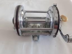 Carretilha Penn Squidder No 140 mecanica boa