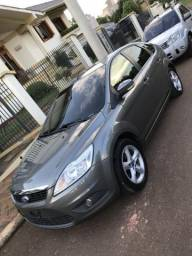 Ford Focus 1.6 Completo! Vale a pena conferir! - 2011