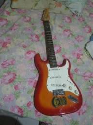 Guitarra condor