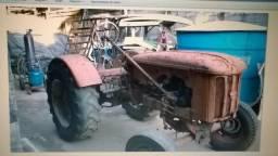 Trator Hanomag - RJ / R$ 18.000,00