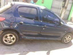 Vendo Peugeot 8.000 mil - 2003