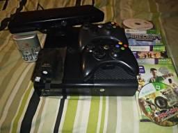 Xbox 360 com 2 controles kinect hd com 60 jogos