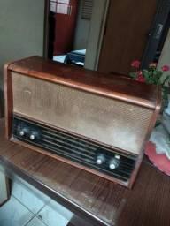 Rádio antigo pata infeite