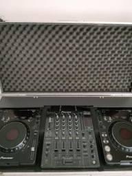 CDJ Pionner 1000 Mk3 par, com Mixer DJM 800 pionner, com case para viagem