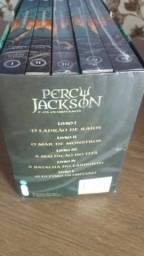 Box Série de livros Percy Jackson e os Olimpianos