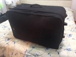 3 malas de roupas para brechó !!