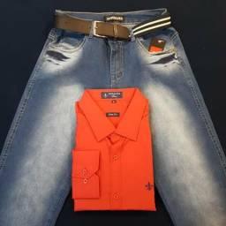 Calça jeans combinando com camisa