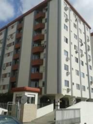 A718 - Apartamento para venda em Barreiros