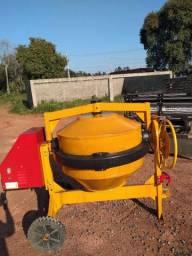 Locação de betoneiras e equipamentos para construção civil