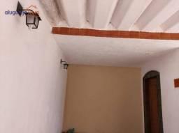 Casa térrea com 3 dormitórios para alugar, 99 m² por R$ 1.100/mês
