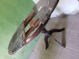 Mesa de madeira macica