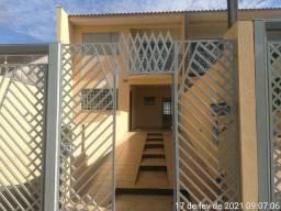 LOCAÇÃO | Sobrado, com 3 quartos em Conjunto Habitacional Karina, Maringá