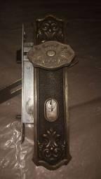 Fechadura bronze antiguidade relíquia