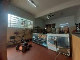 Vende-se oficina de motosserra