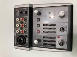Mesa de som Xenyx 302 USB Behringer