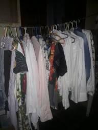 vendo 500 peças de roupa