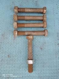 """Parafuso de aço comum 1"""" X 177 MM."""