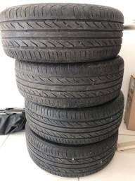 Vendo rodas originais do polo cm pneus semi novos medida 5/100 pneus 195/55/15
