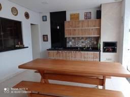 Casa com 3 dormitórios à venda, 200 m² por R$ 900.000,00 - Jardim Veneza - Senador Canedo/