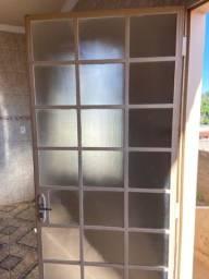 Porta de aço com vidro