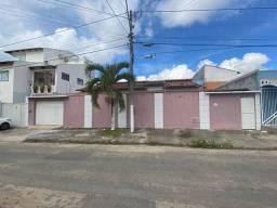 Casa com 03 quartos no Bairro Centauro em Eunápolis-Bahia
