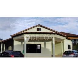 Bela casa no Residencial Nova União, 5 suítes, 302m²- 660.000,00