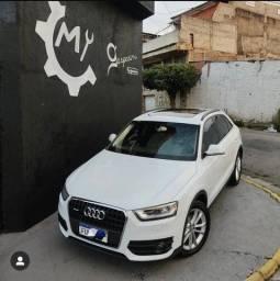 Audi Q3 Ambiente 2.0 TFSI branca