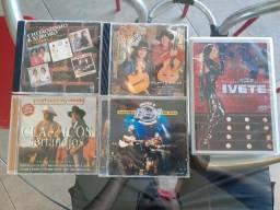 Coleção de CDs e DVD - Sertanejo e Axé