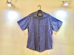 Camisa quadriculada com mangas, azul e branca - Masculino (Seminova).