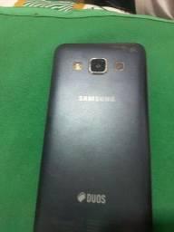 Celular Samsung liga normal (Léia a descrição)