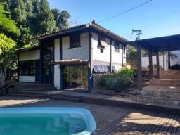 Vale Encantado - Excelente Casa e 04 qts + Piscina e Churrasqueira