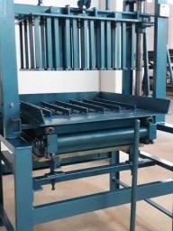 Máquina de fabricação de blocos - usada - Com ela você está adquirindo um negócio