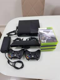Xbox 360 com Kinect + 10 jogos + 2 controles PARCELO no cartão.