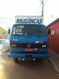 Caminhão 7110 88 - 1988