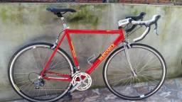 Speed bernardi italiana tamanho 56