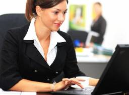 Escola de Cursos Profissionalizantes Contrata Assistente Comercial