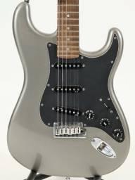 Fender American Deluxe Stratocaster 2010 Com Case Fender
