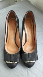 Sapatos semi-novos n° 35 e 36