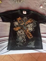 Vende-se camisa masculina por R$8,00