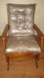 Poltrona/Cadeira de Balanço
