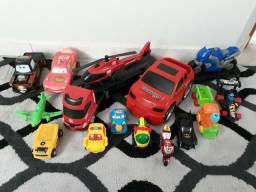 Lote de brinquedos R$50,00