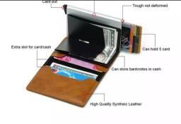 Carteira porta cartão anti furto.