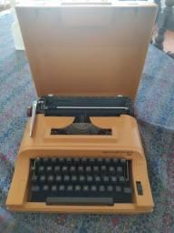 Máquina de escrever da Sperry Remington 12.