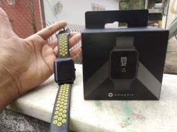 Smartwatch Xiomí Amazfit Bip + 2 pulseiras