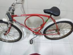 Bicicleta Olé 1970, toda original no estado em que se encontra