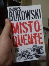 Vendo livros dos autores Bukowski / Dostoiévski