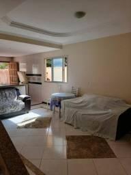 Casa duplex 3 quartos com suite e quintal amplo na praia de Castelhanos