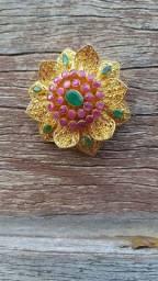 Broche De Flor Feito Em Ouro 22k Com Pedras Preciosas NOVO!!