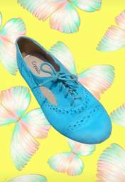 Sapato em camurça turquesa