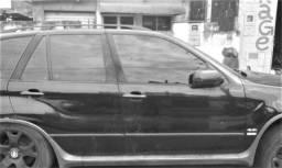 BMW X5 Original    Motor V8 4.4, ano 2002, automática.